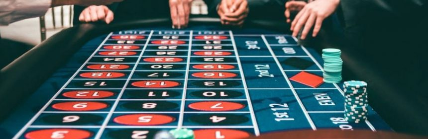 The Battle Over Online Gambling And Tips