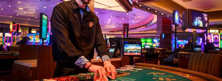 The Pros Use To promote Online Slot